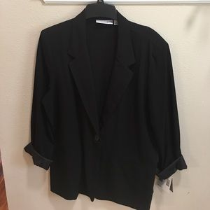 Brand new lightweight Sag Harbor women's blazer